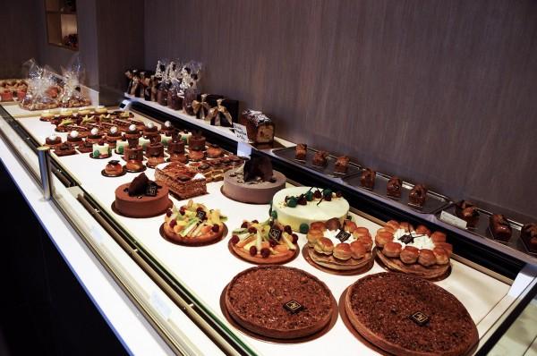 Fr d ric allard ouvre son magasin p tisserie chocolat - Salon patisserie lyon ...